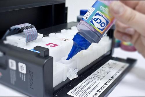 Заправка СНПЧ L800 чернилами OCP