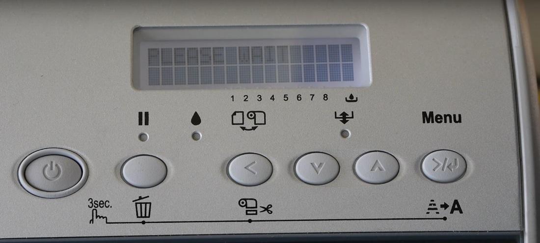 Панель управления Epson Stylus Pro 4880