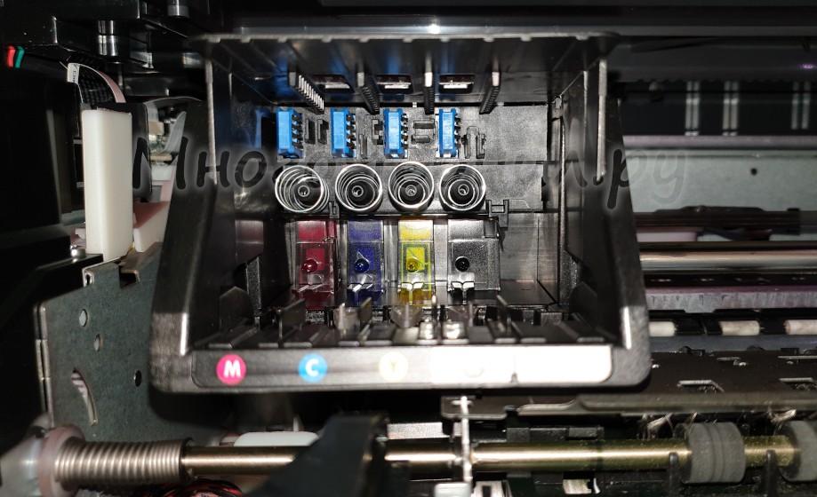 Печатающая головка HP 711 с посадочными гнездами под картриджи